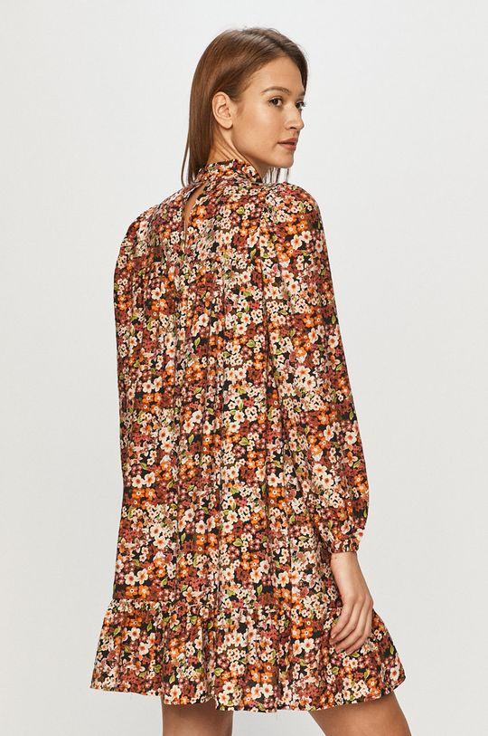 Vero Moda - Šaty  Podšívka: 100% Polyester Základná látka: 18% Polyamid, 82% Viskóza
