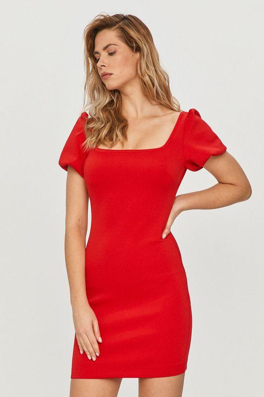 Guess - Šaty červená