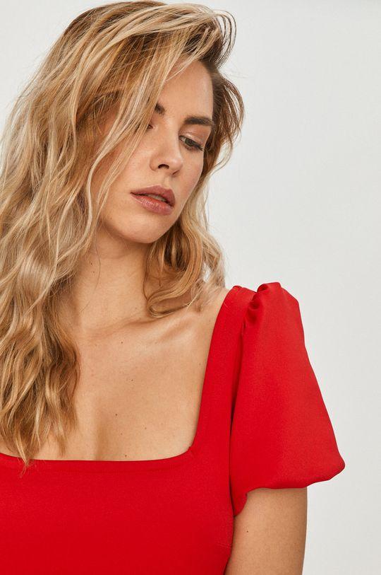 červená Guess - Šaty