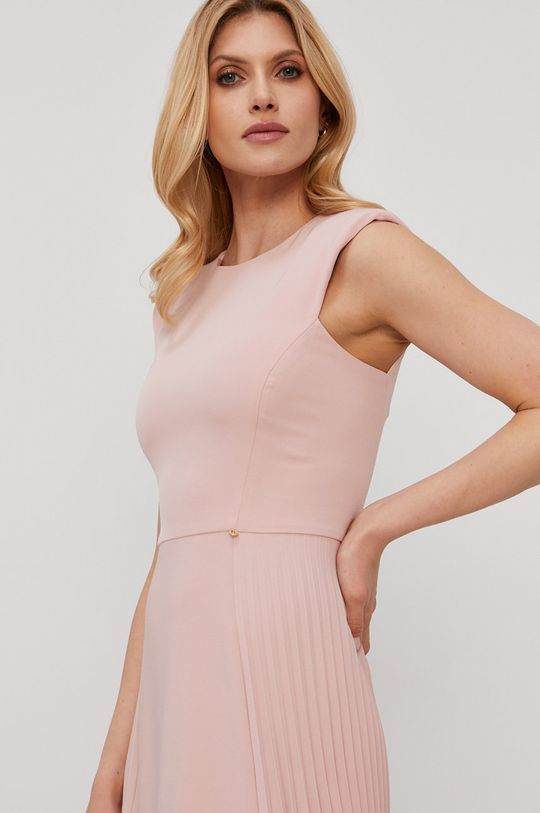 różowy NISSA - Sukienka
