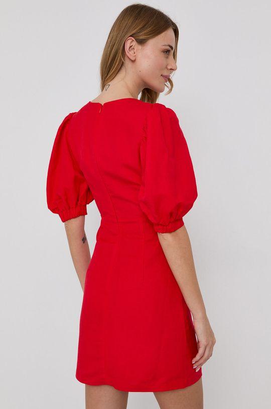 Bardot - Šaty  Podšívka: 3% Elastan, 97% Polyester Hlavní materiál: 55% Len, 45% Viskóza