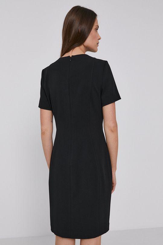 Calvin Klein - Šaty  Podšívka: 100% Polyester Základná látka: 2% Elastan, 98% Polyester