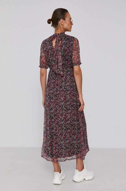 Vero Moda - Šaty  Podšívka: 100% Polyester Základná látka: 100% Recyklovaný polyester