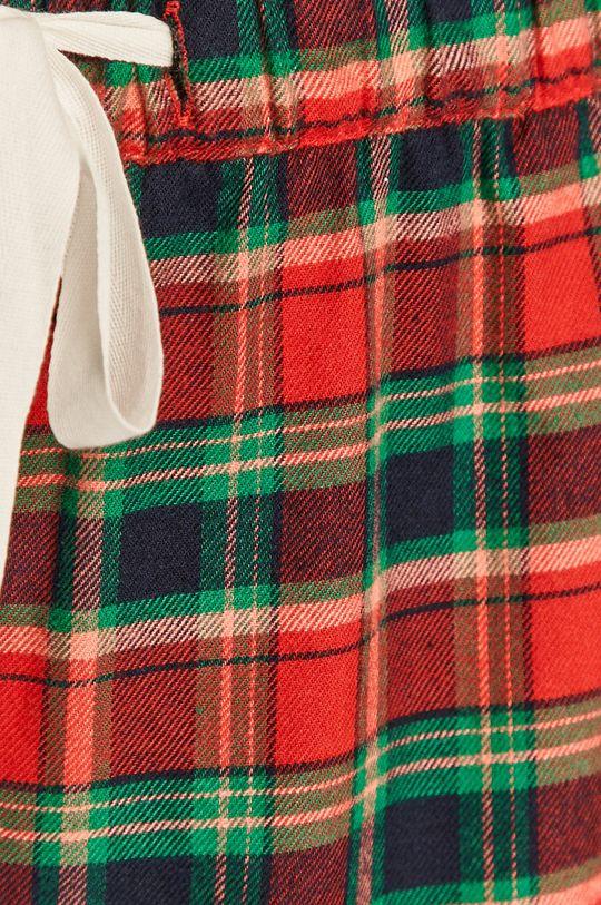 GAP - Pantaloni scurti <p>  55% Bumbac, 45% Viscoza</p>
