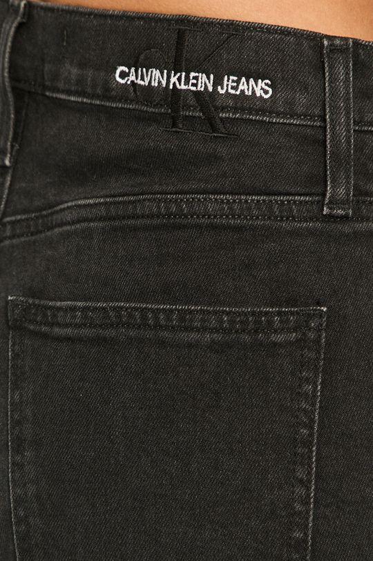 Calvin Klein Jeans - Rifľové krátke nohavice Dámsky