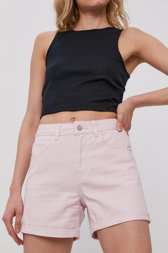 pastelowy różowy Vero Moda - Szorty jeansowe Damski
