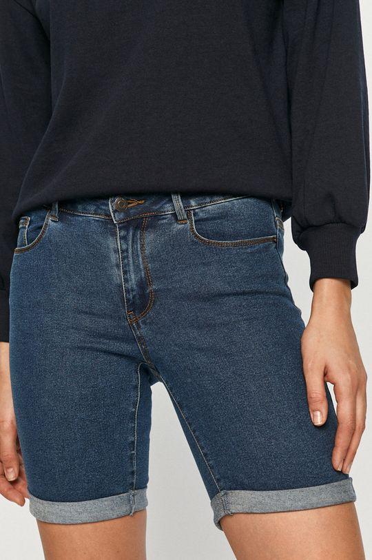 modrá Vero Moda - Rifľové krátke nohavice Dámsky