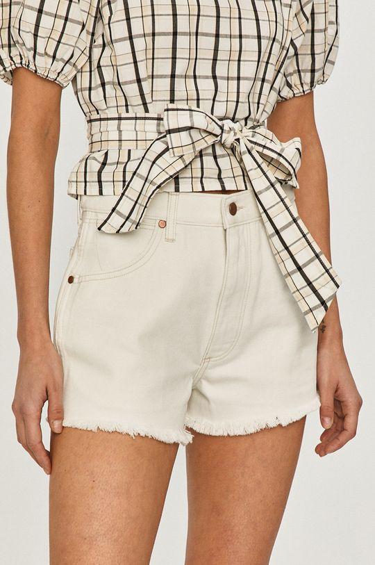 biela Wrangler - Rifľové krátke nohavice Dámsky