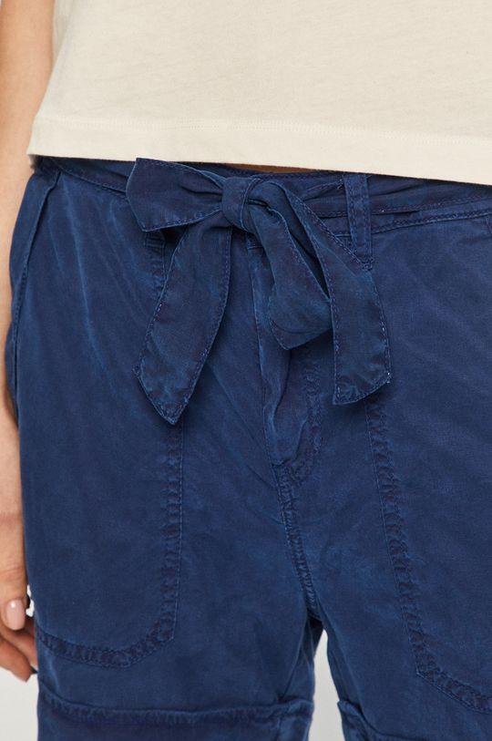 tmavomodrá Pepe Jeans - Šortky Nomad