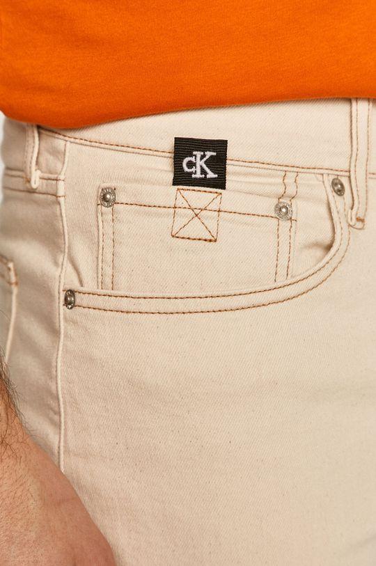 kremowy Calvin Klein Jeans - Szorty jeansowe