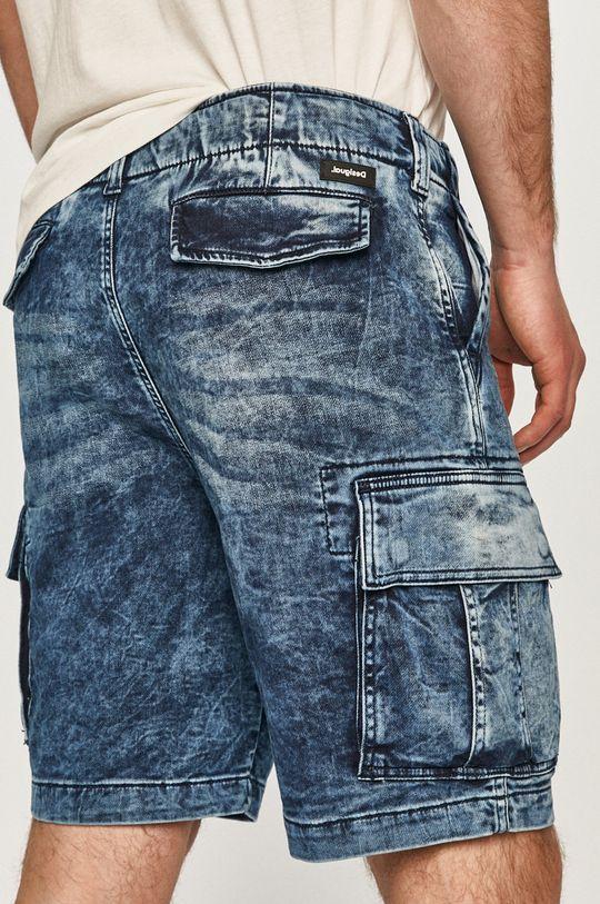 Desigual - Szorty jeansowe 100 % Bawełna, Wskazówki pielęgnacyjne:  prać w pralce w temperaturze 30 stopni, nie suszyć w suszarce bębnowej, nie wybielać, prasować w niskiej temperaturze, Nie czyścić chemicznie