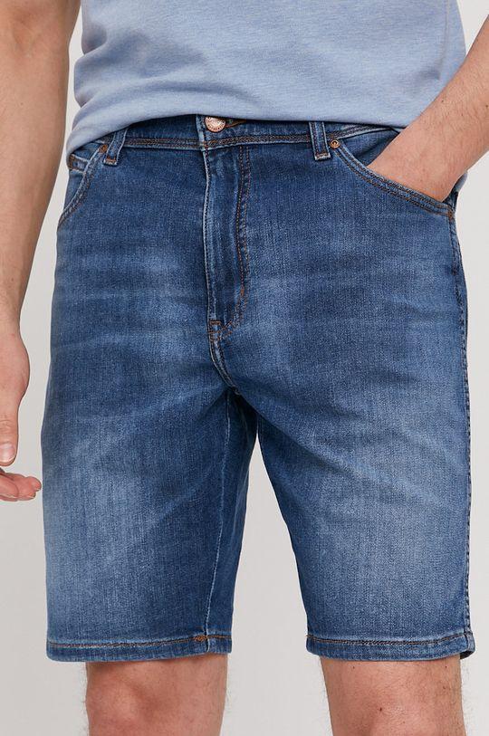 modrá Wrangler - Rifľové krátke nohavice Pánsky