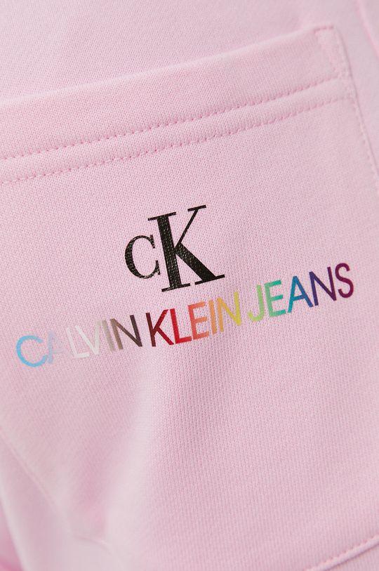 różowy Calvin Klein Jeans - Szorty