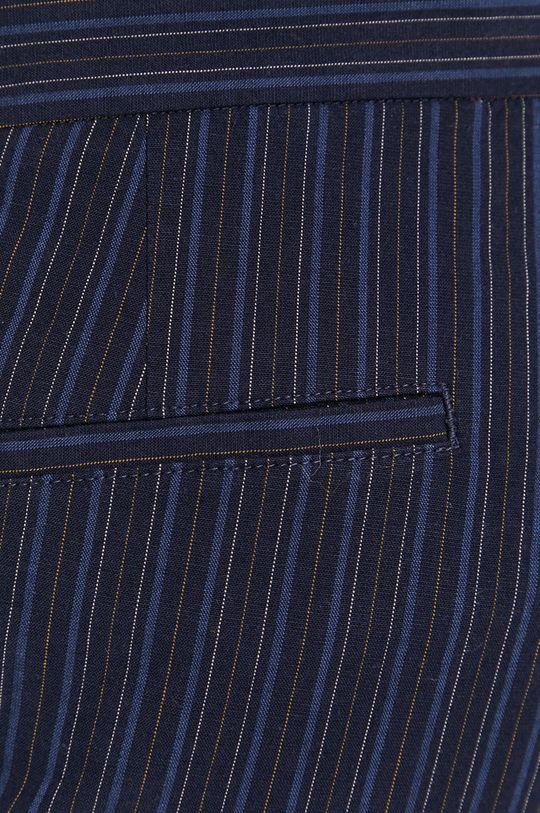 námořnická modř Sisley - Kraťasy