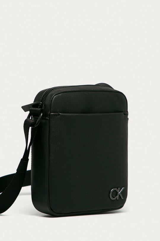 Calvin Klein - Malá taška  Podšívka: 100% Polyester Základná látka: 100% Polyuretán