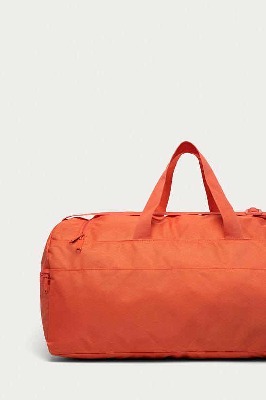 Reebok - Taška  Hlavní materiál: 100% Polyester Jiné materiály: 100% Polyethylen