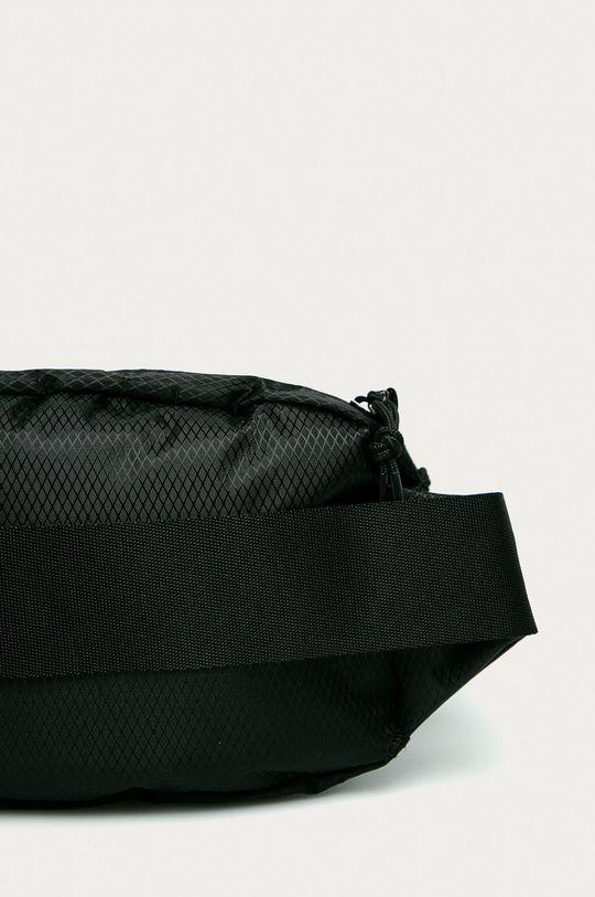 Converse - Ledvinka  100% Polyester