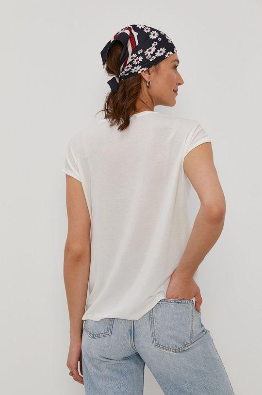 Vero Moda - T-shirt 5 % Elastan, 95 % Lyocell TENCEL