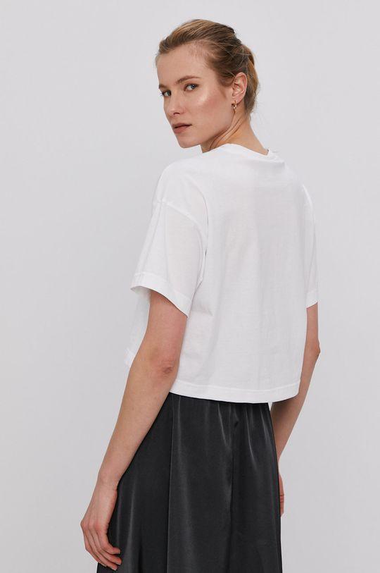Reebok Classic - Tricou  Materialul de baza: 100% Bumbac Banda elastica: 95% Bumbac, 5% Elastan
