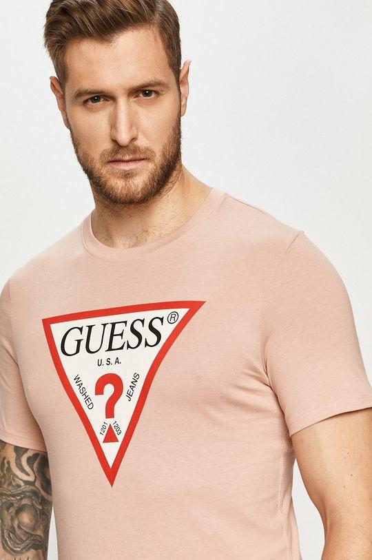 czerwony róż Guess - T-shirt