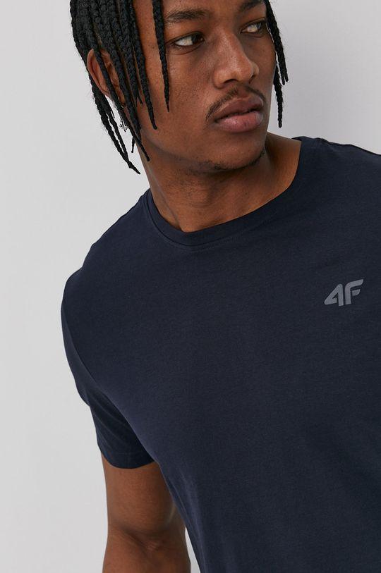 4F - Tričko <p>Materiál 1: 100% bavlna, Materiál 2: 95% bavlna, 5% elastan</p>