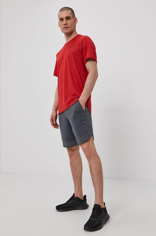 ostry czerwony Nike - T-shirt Męski