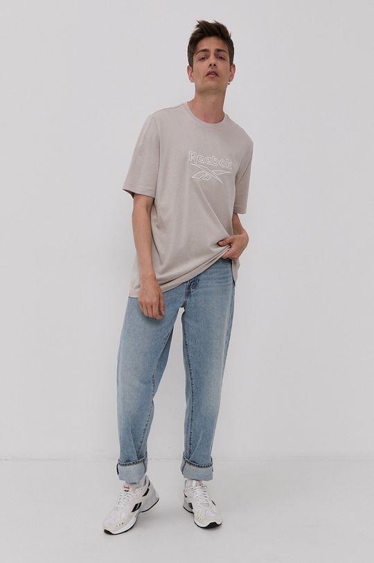 Reebok Classic - Tričko  Hlavní materiál: 100% Bavlna Vložka: 95% Bavlna, 5% Elastan