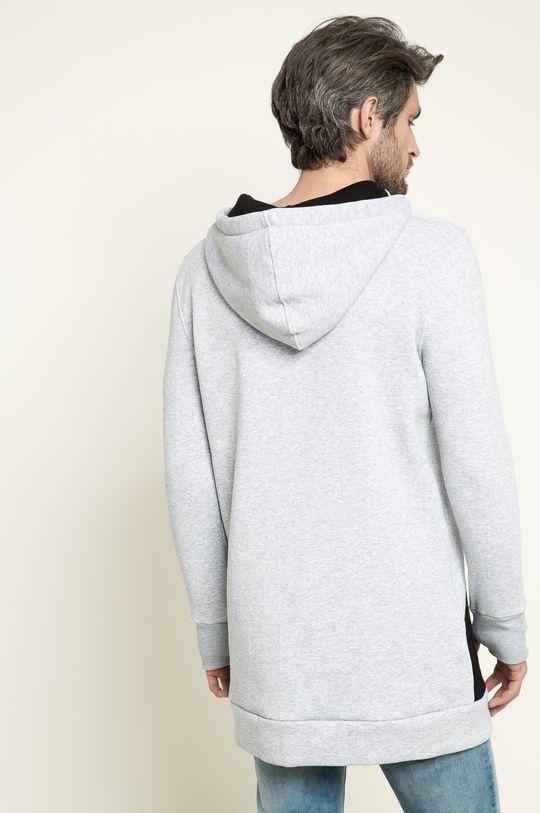 Answear - Mikina <p>Podšívka: 70% Bavlna, 5% Elastan, 25% Polyester 1. látka: 50% Bavlna, 50% Polyester 2. látka: 80% Bavlna, 20% Polyester</p>