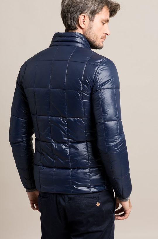 Answear - Bunda <p>Podšívka: 100% Polyester Výplň: 100% Polyester Základná látka: 100% Polyamid</p>