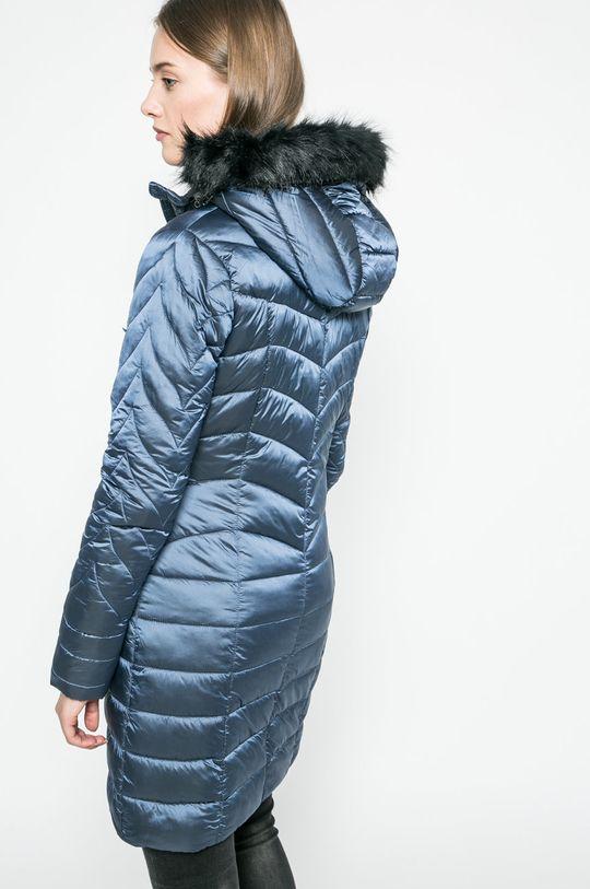 Answear - Bunda <p>Podšívka: 100% Polyester Výplň: 100% Polyester Základná látka: 100% Polyester</p>