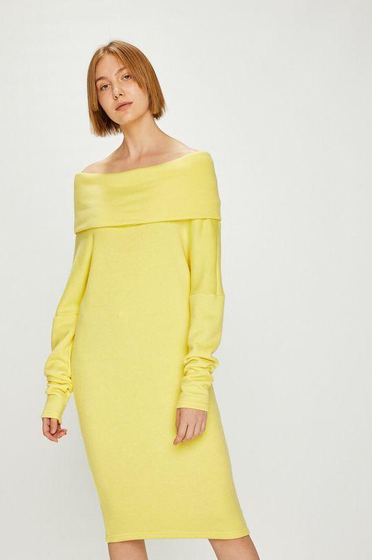 Answear - Šaty Watch Me žltá