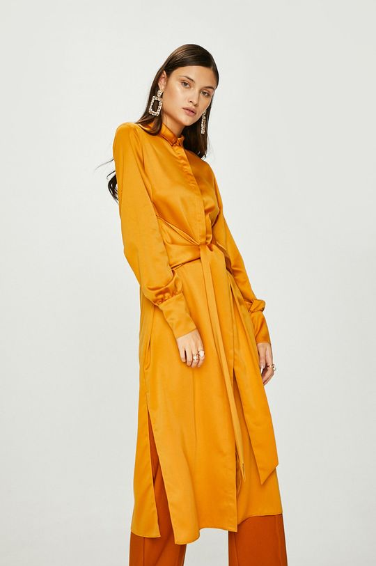 zlatá Answear - Šaty Heritage Dámsky