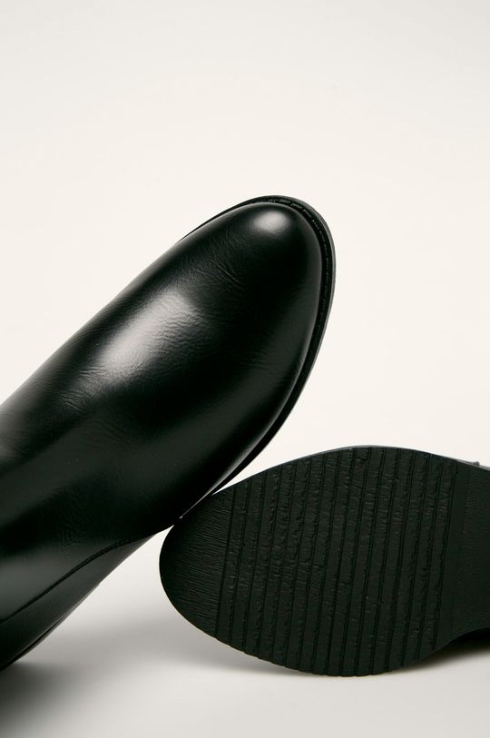Answear - Botine Gamba: Material sintetic Interiorul: Material sintetic Talpa: Material sintetic