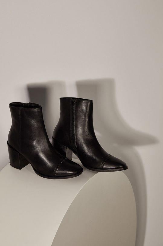 Answear - Kožené členkové topánky Answeara Lab čierna