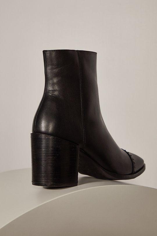 Answear - Kožené členkové topánky Answeara Lab  Zvršok: Prírodná koža Vnútro: Textil, Prírodná koža Podrážka: Syntetická látka