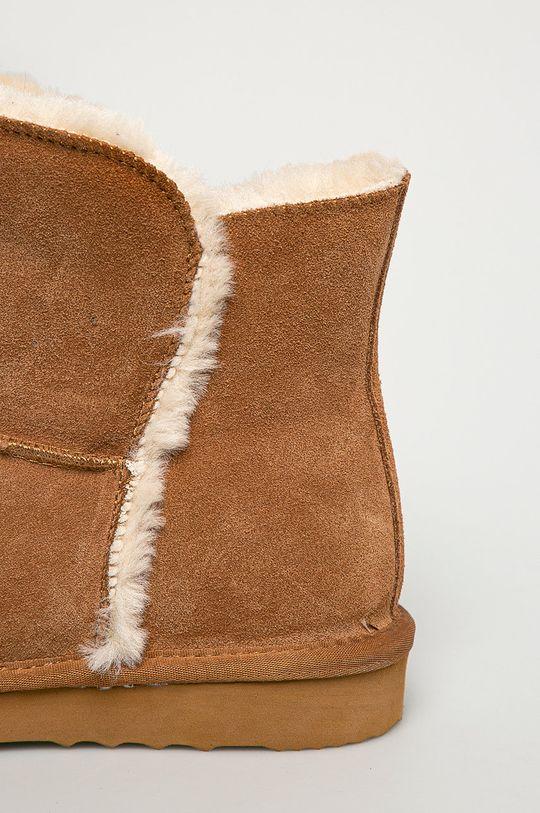Answear Lab - Cizme de zapada din piele intoarsa  Gamba: Piele intoarsa Interiorul: Material textil Talpa: Material sintetic