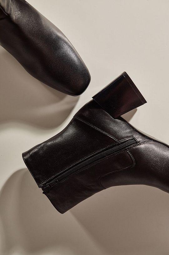 Answear.LAB limitovaná kolekce - Kožené kotníkové boty  Svršek: Přírodní kůže Vnitřek: Textilní materiál, Přírodní kůže Podrážka: Umělá hmota