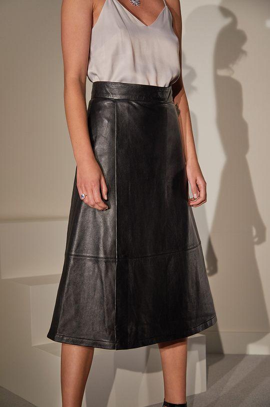 čierna Answear.LAB limitovaná kolekcia - Kožená sukňa Dámsky