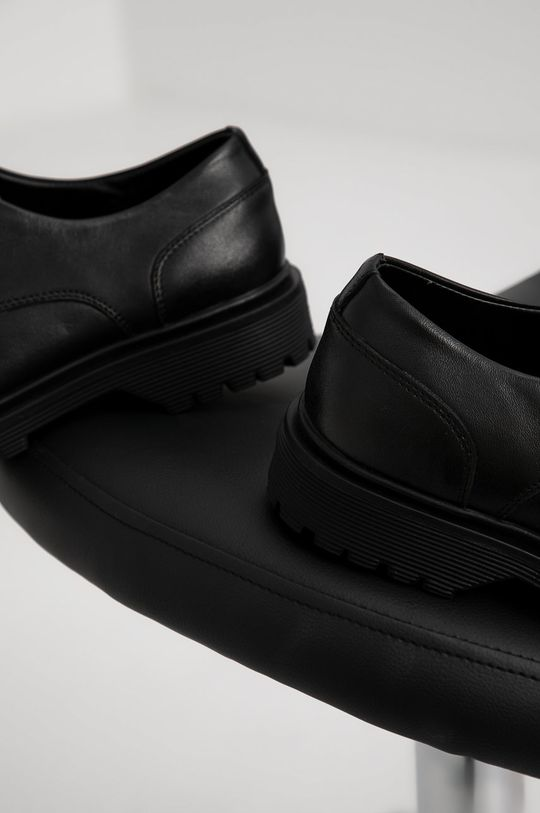 Answear Lab - Pantofi de piele  Gamba: Piele naturala Interiorul: Material sintetic, Material textil, Piele naturala Talpa: Material sintetic