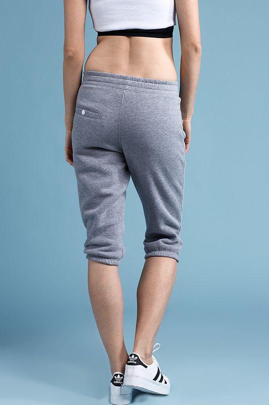Answear - Šortky Flow <p>80% Bavlna, 20% Polyester</p>