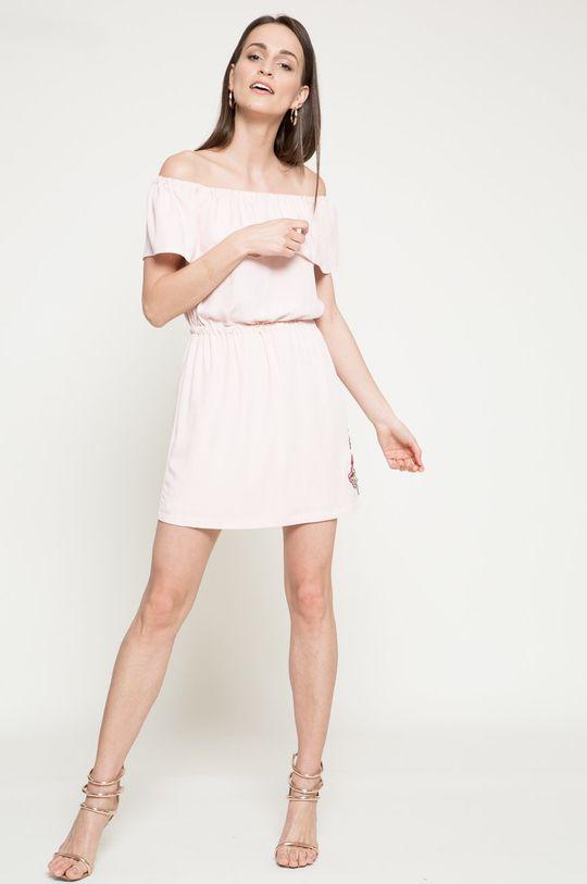 Answear - Šaty Because of you pastelová ružová