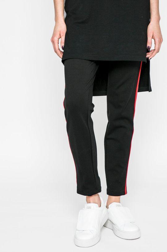 čierna Answear - Legíny