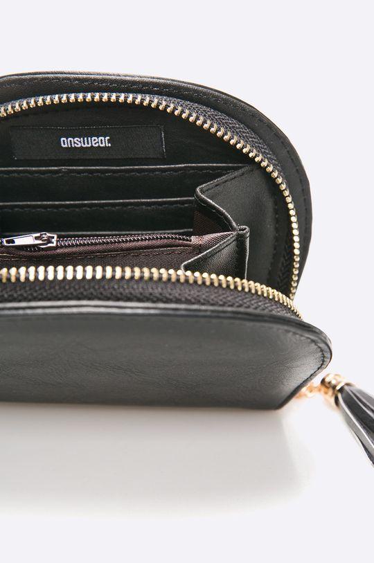čierna Answear - Peňaženka