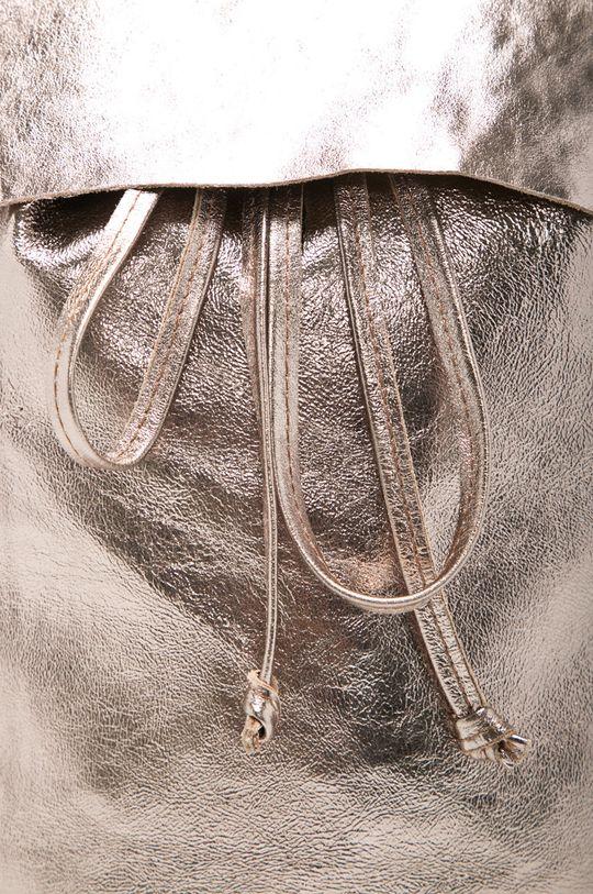 zlatá Answear - Kožený ruksak