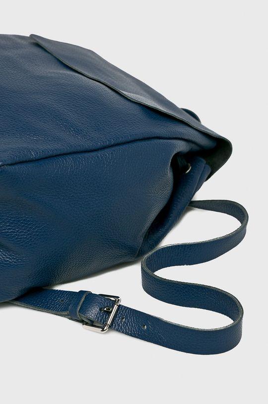 tmavomodrá Answear - Kožený ruksak Stripes Vibes