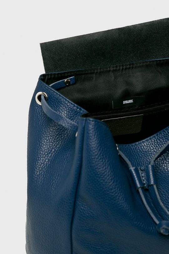 Answear - Kožený ruksak Stripes Vibes Dámsky