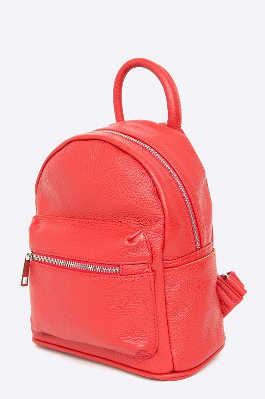 Answear - Kožený ruksak červená