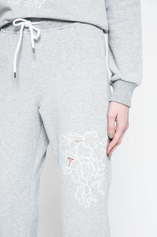 sivá Answear - Nohavice Blossom Mood
