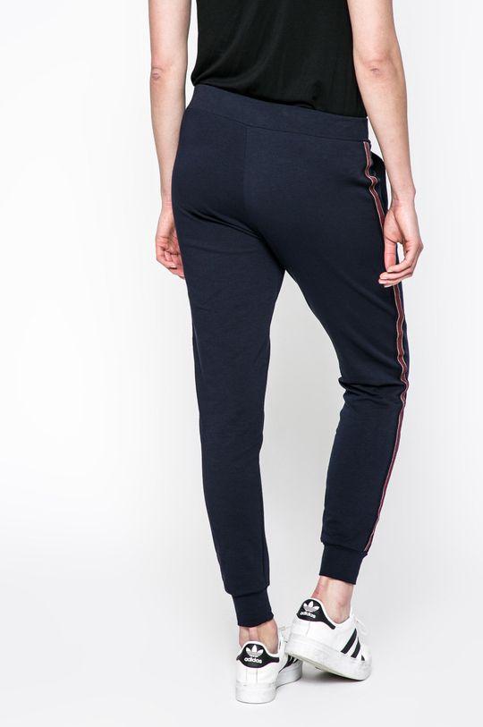 Answear - Nohavice Sporty Fusion <p>92% Bavlna, 8% Elastan</p>