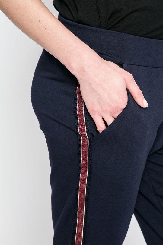 tmavomodrá Answear - Nohavice Sporty Fusion